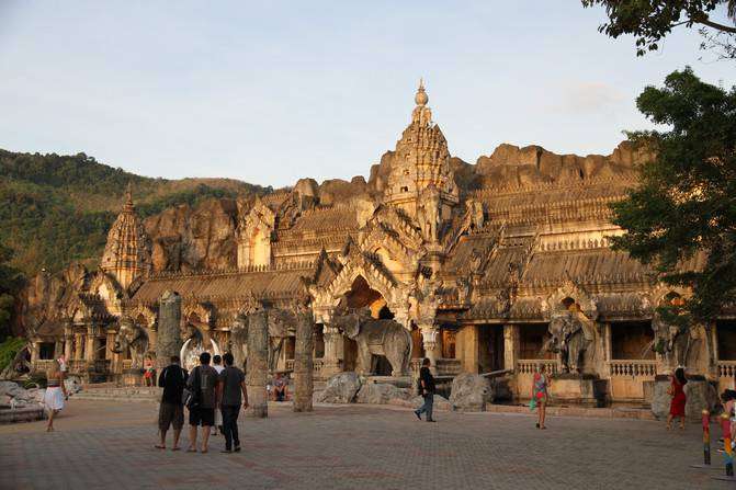Phuket - Pipi - Emperor's island free tour on the night of the 6th (full version)