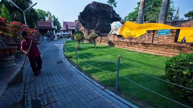 Thailand tour guide